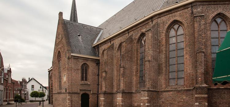 Strijen Lambertus kerk (2)